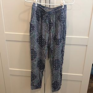 EUC Super Cute Volcom Pants